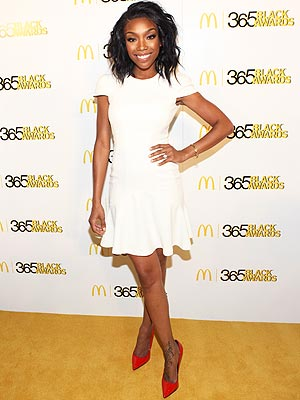 brandy 300x400 This Week's Best Dressed Star Was Quite All 'White'