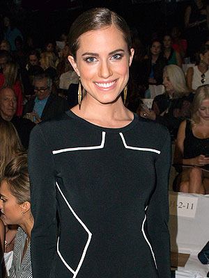 Allison Williams Diane von Furstenberg