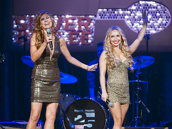 Connie Britton/Hayden Panettiere Nashville