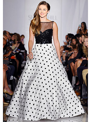 See Duck Dynasty' s Sadie Robertson Walk the Runway at NYFW!