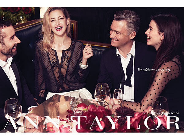 kate hudson 1 600x450 Kate Hudsons Ann Taylor Holiday Ads Are a Family Affair