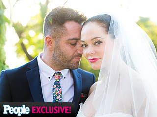 PHOTO: Rose McGowan's Wedding Jewelry Was 'All About the Boldness'