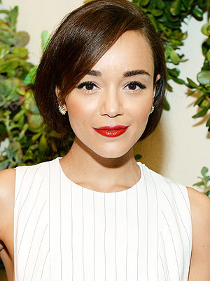 Ashley Madekwe Women in Hollywood makeup