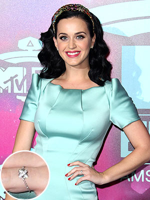 Katy Perry Engagement Ring Photo