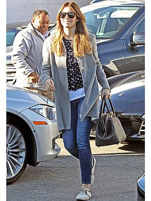 Jessica Biel jeans