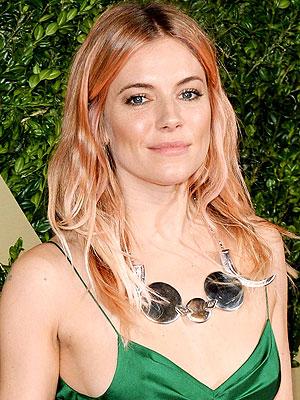 Sienna Miller pink hair