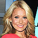 PHOTO: Kelly Ripa's Abs Are About to Be No. 1 on Your Chr