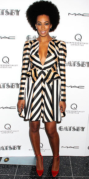 SHOW OFF YOUR CLEAVAGE ... photo | Solange Knowles