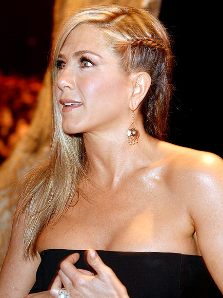 LE PETITE FRENCH photo | Jennifer Aniston