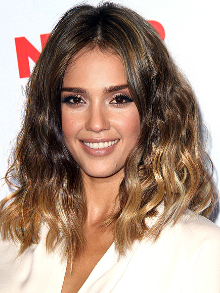 OMBRÉ HIGHLIGHTS photo | Jessica Alba