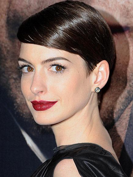 DEEP WINE LIPS photo | Anne Hathaway
