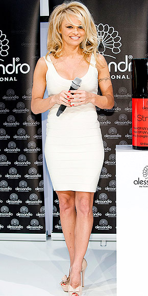 PAMELA ANDERSON photo | Pamela Anderson
