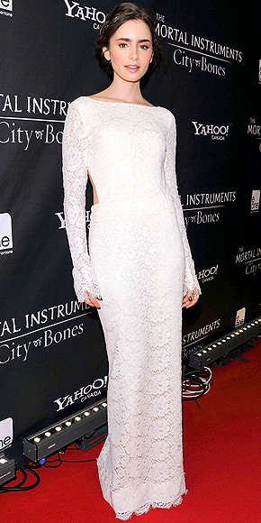 LILY COLLINS  photo | Lily Collins