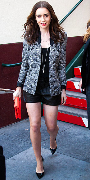LILY COLLINS photo   Lily Collins