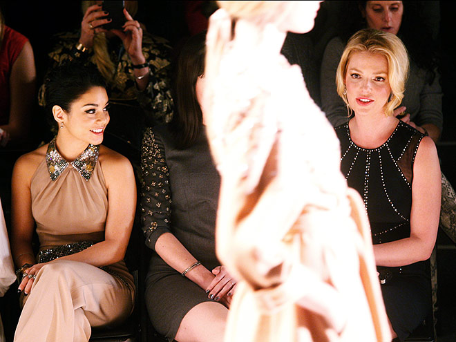 JENNY PACKHAM FRONT ROW photo | Katherine Heigl, Vanessa Hudgens