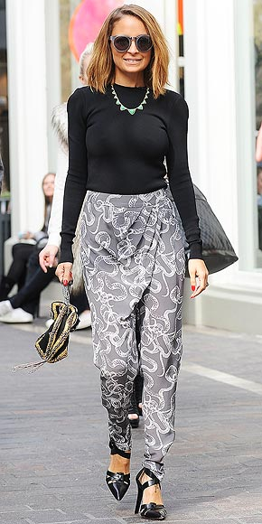 FOLDOVER PANTS photo | Nicole Richie