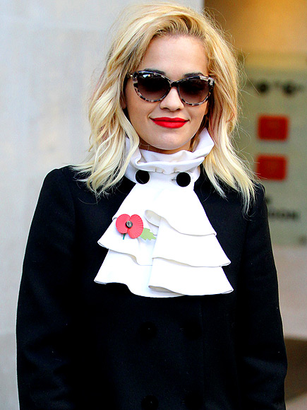 PIRATE COLLARS photo | Rita Ora