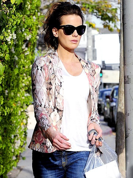KATE BECKINSALE'S JACKET photo | Kate Beckinsale