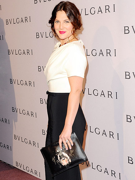 DREW BARRYMORE'S CLUTCH photo | Drew Barrymore
