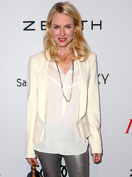 NAOMI WATTS&#39;S BLOUSE photo | Naomi Watts