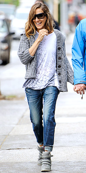 SARAH JESSICA PARKER&#39;S SNEAKS photo | Sarah Jessica Parker