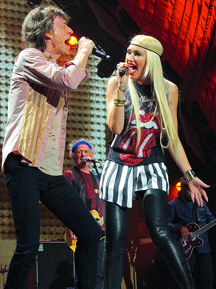 GWEN STEFANI'S LEGGINGS photo | Gwen Stefani