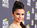 Selena Gomez Stuns in Beads at the MTV Movie Awards
