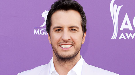 Luke Bryan Shows Off His Country Farm | PEOPLE Country ...