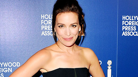Who's Piper Perabo's Hottest Covert Affairs Costar?