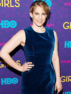 Anna Chlumsky HBO Girls Premiere