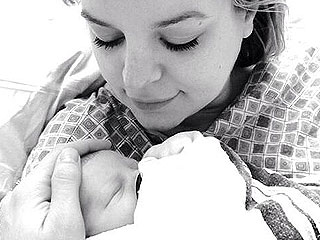 Brandon Barash and Kirsten Storms Welcome Harper Rose – See Her Photo! | Kirsten Storms