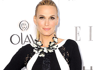 Molly Sims's Thyroid Condition Made Weight Loss 'Hard Work'