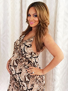 Evelyn Lozada Pregnant Expecting Son Carl Crawford