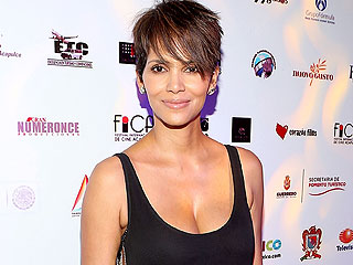Superhuman Beauty: Halle Berry Looks Amazing After Birth of Son