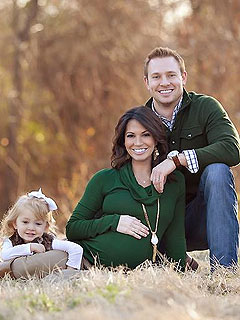 Melissa Rycroft Pregnant Family Photo