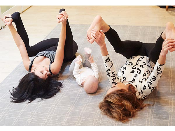 Hilaria Baldwin Yoga Daughter Carmen Giada Weekly Giada De Laurentiis
