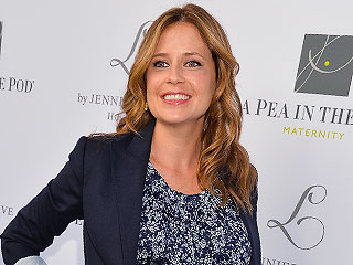 Jenna Fischer Plans to Carry On Her Post-Delivery Tradition – Frozen Yogurt