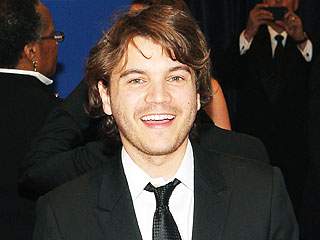 Emile Hirsch Shares New Photoof His Son