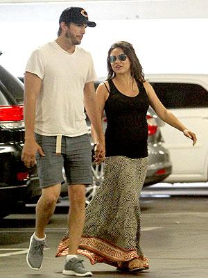 Ashton Kutcher Mila Kunis Pregnant Baby
