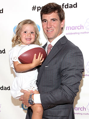 Eli Manning Oral B March of Dimes Power of Dad