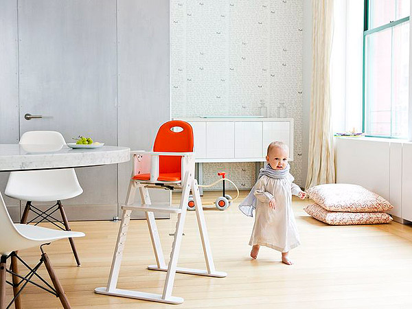 Svan Baby to Booster High Chair Giveaway