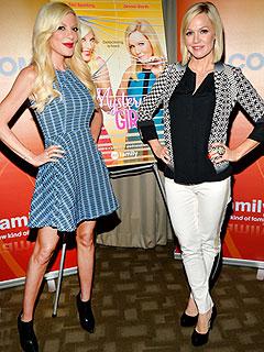 Jennie Garth Tori Spelling Mamarazzi Mystery Girls