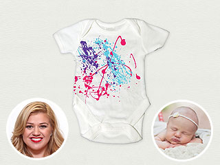 So Cute! Kelly Clarkson Debuts Onesie Inspired by Daughter River | Kelly Clarkson