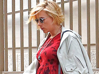 How Scarlett Johansson Hid Her Baby Bump in the New Avengers Movie