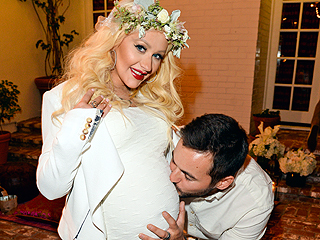 PHOTO: Christina Aguilera Celebrates Her Baby Shower