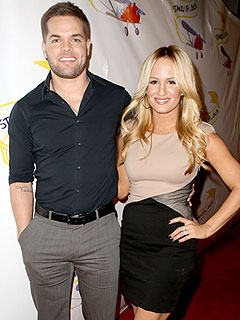 Wes Chatham Jen Brown Expecting First Child