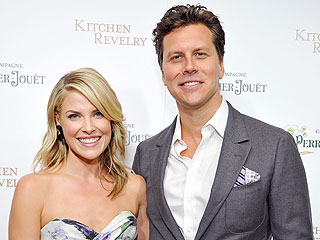 It's a Girl for Ali Larter and Hayes MacArthur