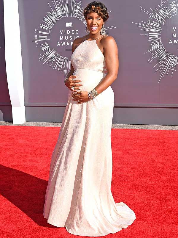 Kelly Rowland Pregnant MTV VMAs