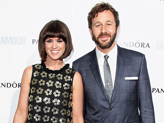 Chris O'Dowd Accepts Ice Bucket Challenge – and Reveals Wife's Pregnancy