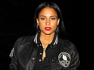 Ciara Is Exercising Every Day to Lose Pregnancy Pounds: Trainer